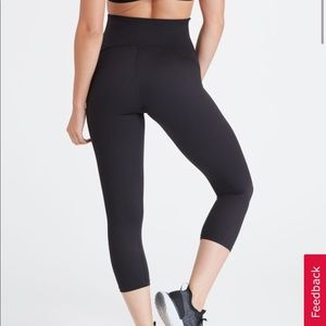 SPANX Booty Boost Active Crop Legging